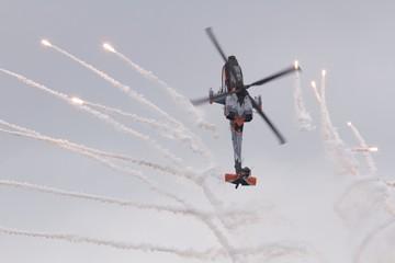 Apache AH64 9