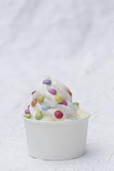 Frozen Joghurt bunt