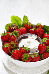 Fresh strawberry with cream cheese dip