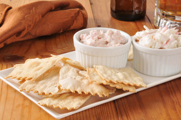 Flatbread crackers with dips and beer