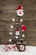 Weihnachten klassisch in Rot, Weiß und Holz - Dekoration