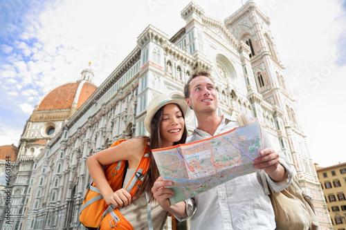 Turystyczna podróży para Florencja katedrą, Włochy