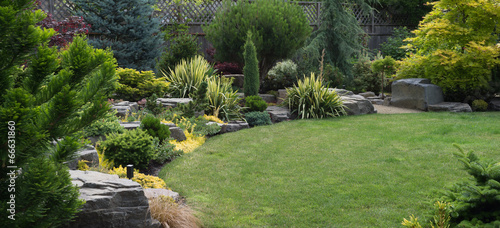 Foto op Aluminium Tuin Beautiful Landscaping