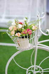 Flowerpot with roses as decoration