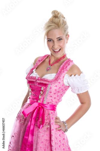 Fesches bayerisches junges Mädchen im Dirndlkleid - 66637457