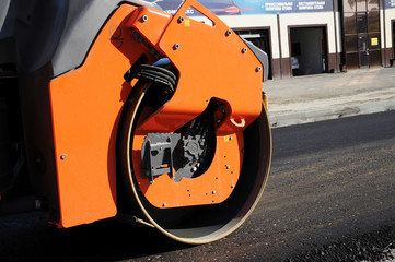 Orange rolling machinery wheel