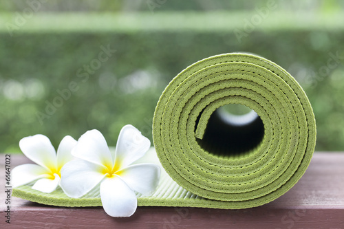 Tuinposter Gymnastiek yoga mat