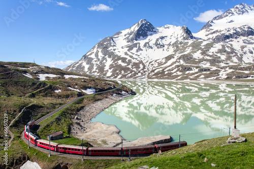 Papiers peints Voies ferrées ferrovia Retica - Passo del Bernina (CH)