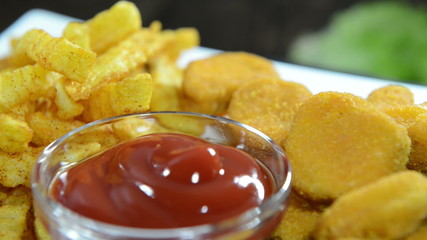 Chicken Nuggets with Fries (not loopable)