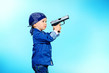 kid with gun