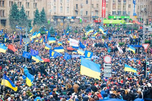 Leinwanddruck Bild KIEV (KYIV), UKRAINE: Hundreds of thousands protest in Kiev