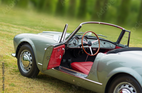 Keuken foto achterwand Vintage cars seltenes oldtimer cabriolet 5