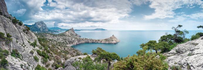 Скалистое побережье Черного моря, Царская Бухта