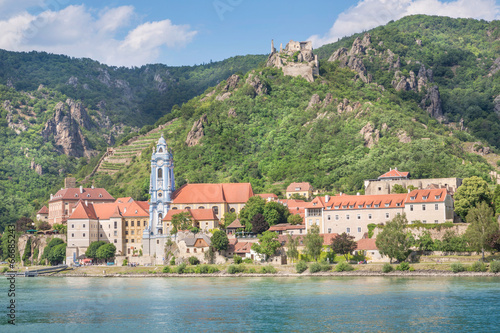 Leinwanddruck Bild Dürnstein with Danube River, Wachau, Austria
