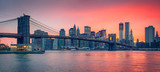 Fototapeta Kitchen - Brooklyn bridge and Manhattan at dusk © sborisov