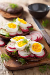 sandwich with egg radish cucumber