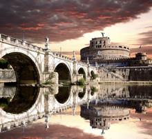 Château Ange avec pont à Rome, Italie