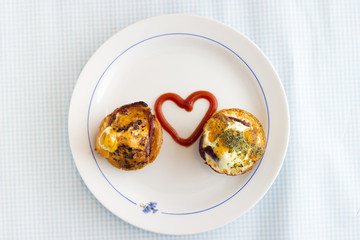 Paleo Breakfast - Bacon and Eggs Muffins