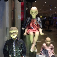 evil mannequin