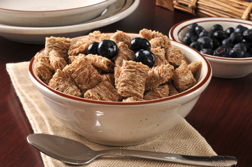 Wheat breakfast cereal
