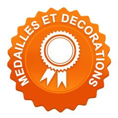 médailles et décorations sur bouton web denté orange