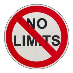 """panneau interdiction """"no limits"""", fin des tolérances"""