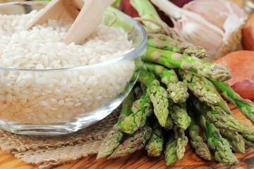 Ingredients for Italian risotto with fresh asparagus