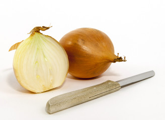 Onions with a knife