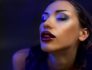 Fashion Beauty. Make-up. Beautiful Sexy Woman With Luxury glossy