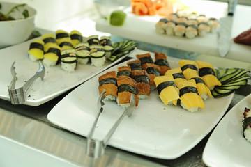 sushi en self service