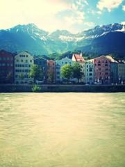 Farbenfrohe Häuser in Innsbruck / Österreich
