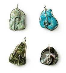 set of stones pendants