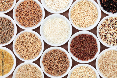 Staande foto Assortiment Grain and Cereal Selection
