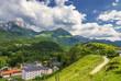 canvas print picture - Weg und Gebirge