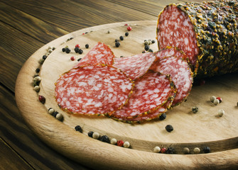 Smoked sausage with peppercorns