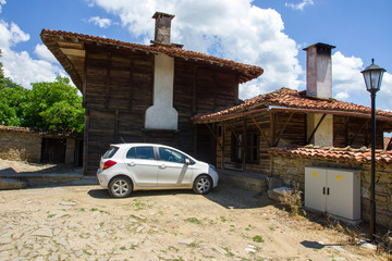 Traditional Bulgarian architecture and modernity