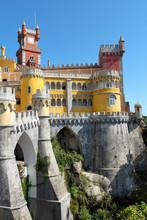 Château de conte de Palais de Pena à Sintra