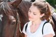femme avec cheval