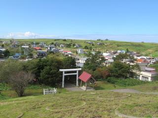 住宅地と丘