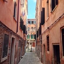 Ruelle étroite à Venise