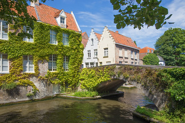 Bruges - Look to canal and old little bridge
