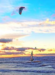 Planche à voile et cerf-volant