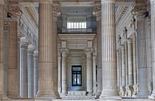 Bruxelles - vestiubule Neoclasical de justice palais