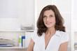 Arzt: ältere Frau im Portrait - medizinischer Beruf