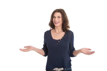 Glückliche Frau um die 50 Jahre - freigestellt auf Weiß
