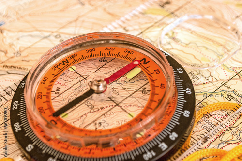 Fotobehang Alpinisme Compass on Map