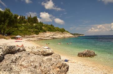 Paxos ed una delle sue spiagge