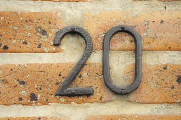 Hausnummer 20