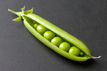 Fresh Pea Pod, Open