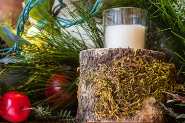 Moss covered candle holder with lights